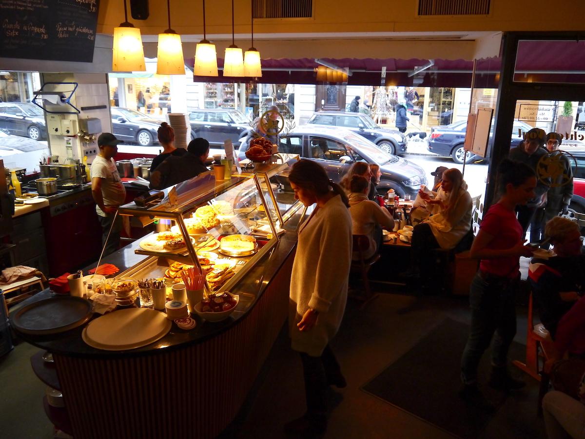 Trachtenvogl, Cakes, Best restaurants in Munich