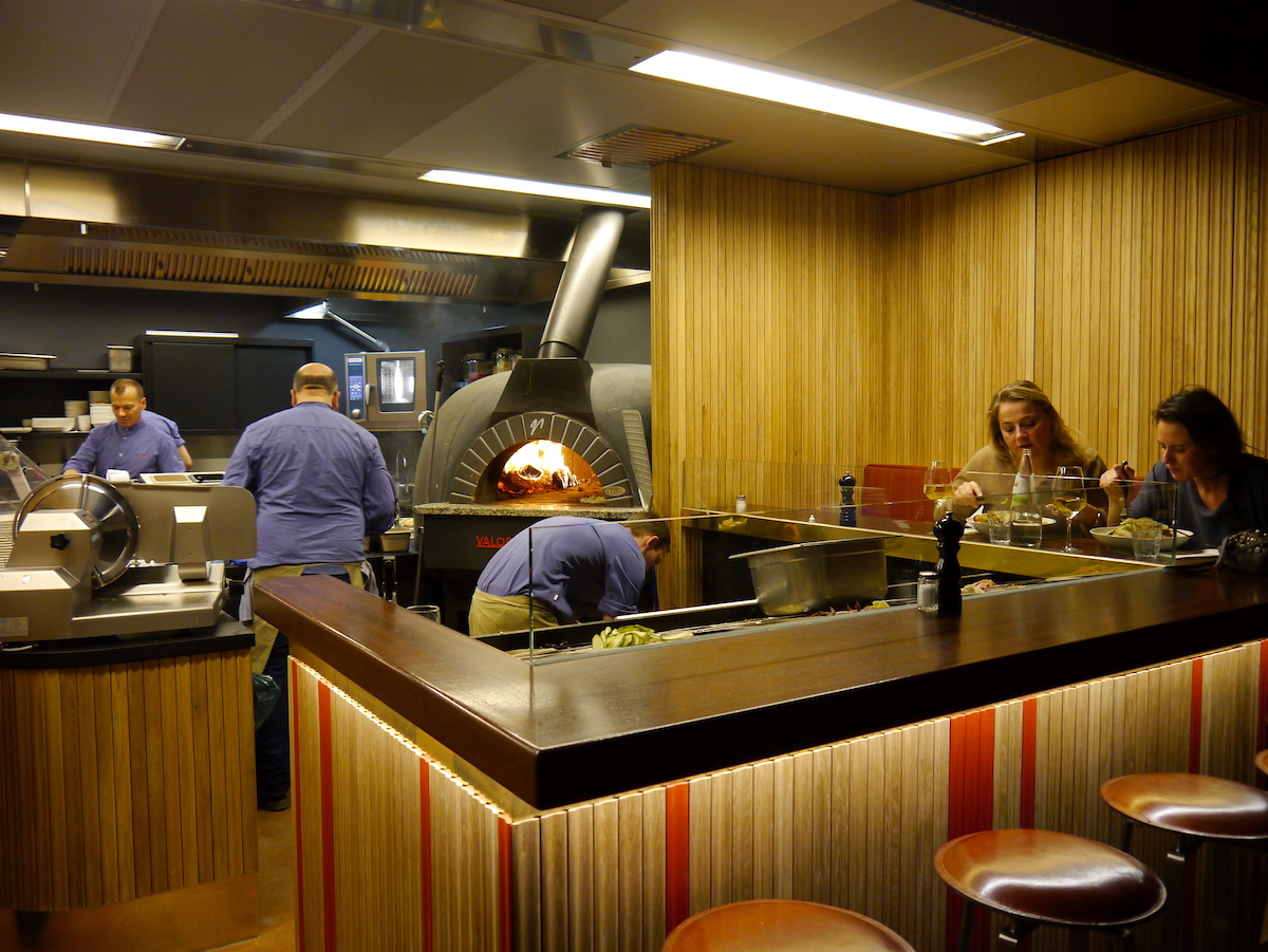 Riva, Open Kitchen