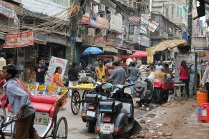 India, Traffic