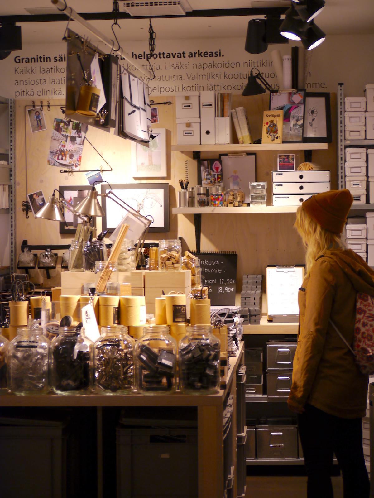 Helsinki, Store