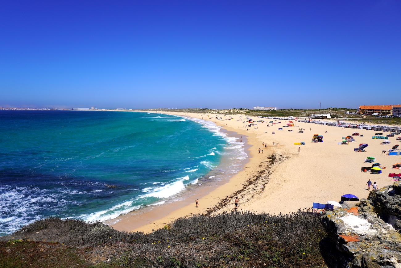 beaches for advanced surfers, peniche
