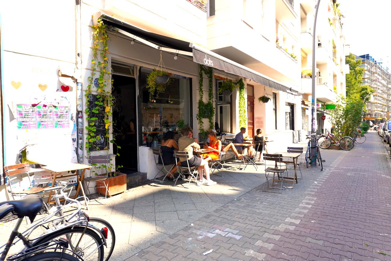 Café dots, Berlin